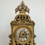 Антикварные  механические часы конца XIX века